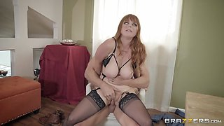 Penny Pax & Johnny Sins in Getting Smashed - BrazzersNetwork