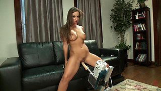 Abigail Mac shows the Machines Who's The Boss!