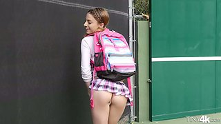 dirty minded college girl kristen scott makes out with fitness pal
