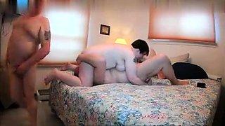 Fat girls into BBW threesome