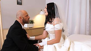 RIM4K. Married life starts with the sensual wife