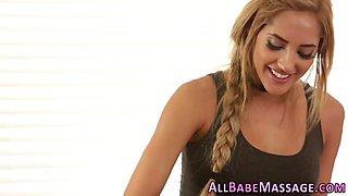 lesbian rubs blondes clit