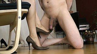 Foot fetish femdom loving domina