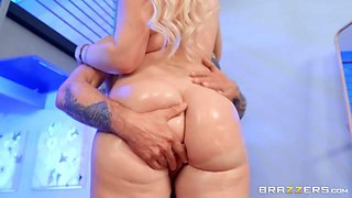 Vibing Free Video With Layla Love - BRAZZERS