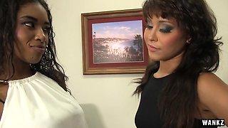 WANKZ- Lesbians Jamie and Mia 69 Each Other