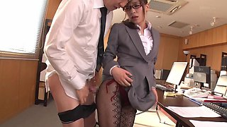 Milf Kaho Kasumi having her pussy penetrated at the office