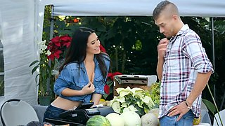 Brazzers - Real Wife Stories -  The Farmers W