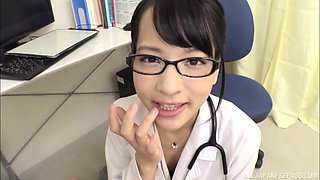 Japanese female doctor feels attracted to older patient