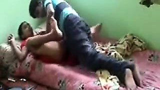 An innocent girl's Indian porn tube video got leaked on the