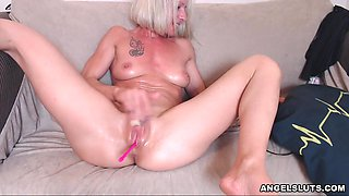 Warm Shaved Chick Need Some Pleasure When She Is Home Alone