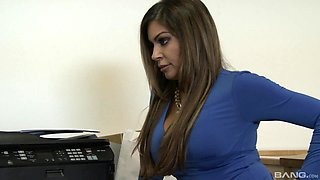 sexy secretary Nikki Capone adores sex with her colleague in her office