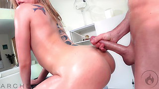 ARCHED: Anna Claire Clouds oiled and fucked by Laz Fyre 4K