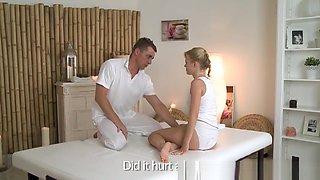 Flexible beauty pleasured by her masseur