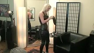Horny amateur Blonde, MILFs porn scene