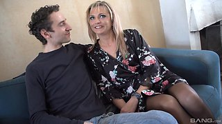 Smoking hot Sophia Magic knows how to satisfy a long pecker