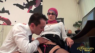 Arab French babe in stockings gets some oral fun