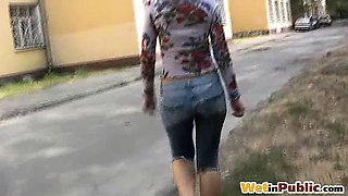Sexy self-wetter flashing pussy outdoors