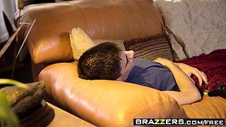 Brazzers - Mommy Got Boobs - Cytherea Jordi E