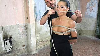 Morgan Rodriguez & Ridge in Innocent Eveline Tied Up And Vibed - KINK