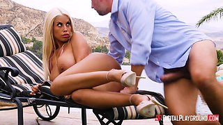 Bridgette B cannot resist a quick fuck with a horny lover