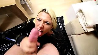 Submissive blonde nympho in latex enjoys hardcore anal sex