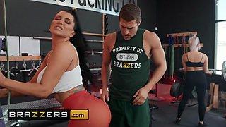 Brazzers - Big Butts Like It Big - Romi Rain  Xander Corvus