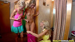 Lesbians with pretty forms getting naughty in the dressing room