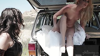 Wild lesbian sex in outdoors between April O'Neil and Kenna James