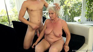 Cute brutal guy licks hairy stinky pussy of old bitch Norma