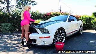 Brazzers - Big Wet Butts - Nikki Delano James Deen - Car Was