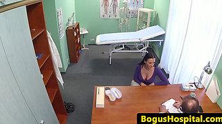 Hospital amateur cockriding during exam