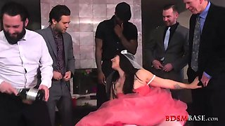Dirty bride SiouxsieQ gets gangbanged