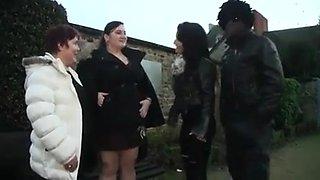 Two French BBW sluts