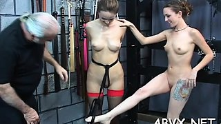 Young babe likes the rough play on her dilettante pussy