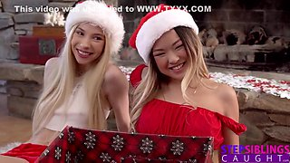 Kenzie Reeves And Lulu Chu In Step Sisters Bff Are You Going To Play With Your Present? S15:e8