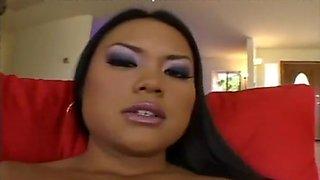 Ethnic Sex Goddess Tickles Her Clit