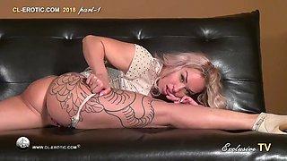 Stella curvy flexy girl