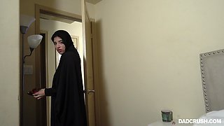 Alluring Gabriela Lopez is hijab lady who is actually good at sucking cock
