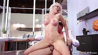 Smoking hot blonde secretary Gigi Allens fucks the boss