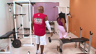 Ebony BBW Lady Finesse pounded by her trainer at the gym